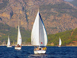 The Budget Sailing Turkey fleet on its way back to G�cek